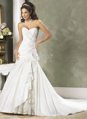 simple strapless wedding dress