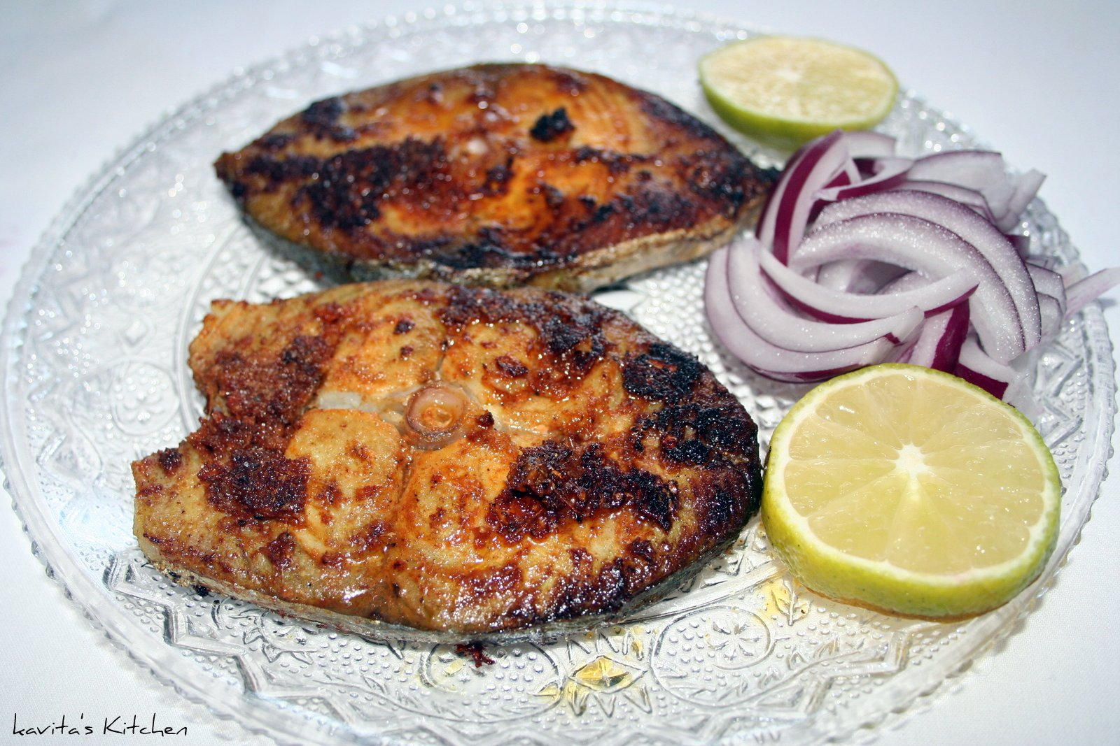 Kavita 39 s kitchen shallow fried surmai king fish for What goes good with fried fish