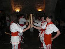 Bastoners de Malla dins l'església parroquial