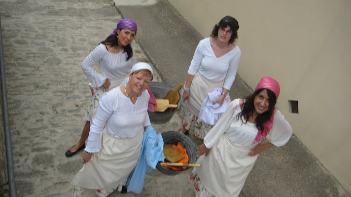 Dansaires de la Dansa de les Dones d'Aigua