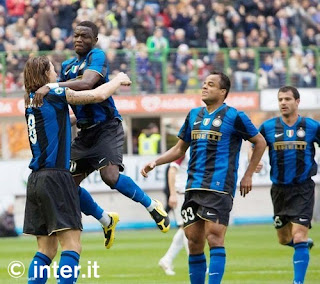 Inter Milan mengalahkan Reggina dalam pertandingan lanjutan Liga Italia Seri A dengan skor 3-0