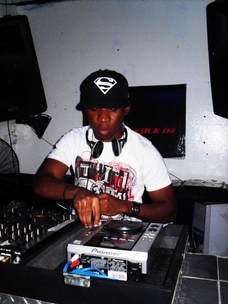 Dj @ Work - Clube Naval