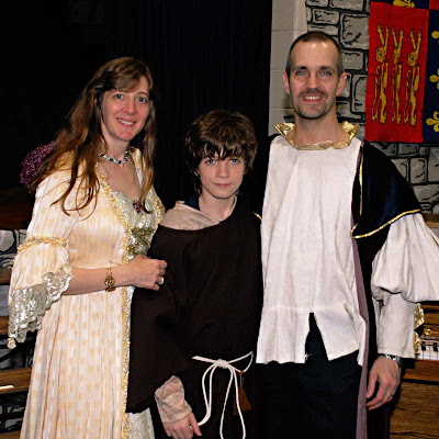 Mequon Steffen Middle School Medieval Banquet 2010