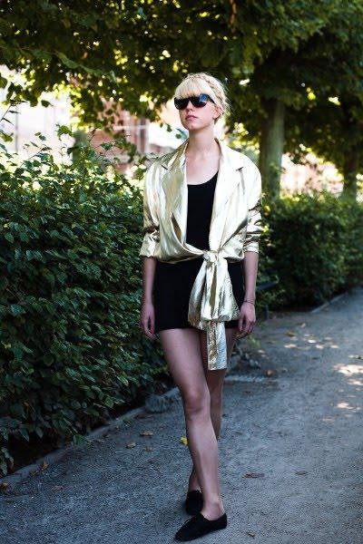 [gold+jacket]
