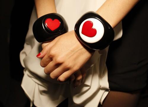 [lovehearts]