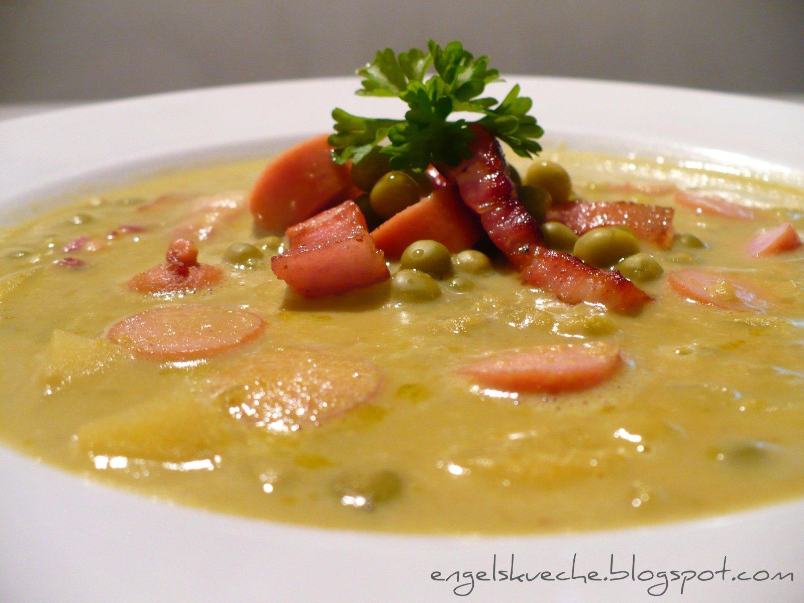 Essen aus Engelchens Küche: Deftige Erbsen-Suppe schnell zubereitet