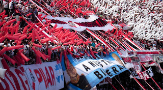 River Plate River_plate_hinchada_monumental1