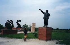 Um Parque de Estátuas