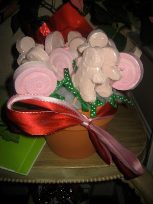 Holiday party games and party favors for adults and kids - Christmas favors for adults ...