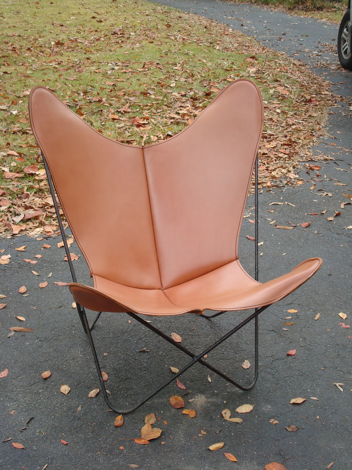 Vintage Butterfly Chair With Original Leather Cover