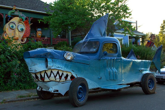 Shark Art Car Central