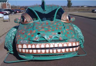 Iguana Art Car - For Sale - Front View
