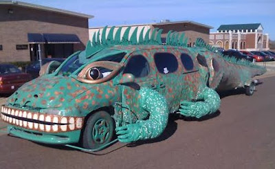 Iguana Art Car - For Sale - Side View