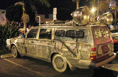 C-3PO's Car found Parked in LA called Dub Robot