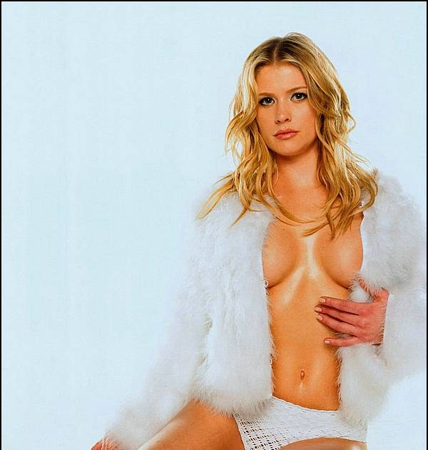 Blonde nude pictures of kristy swanson
