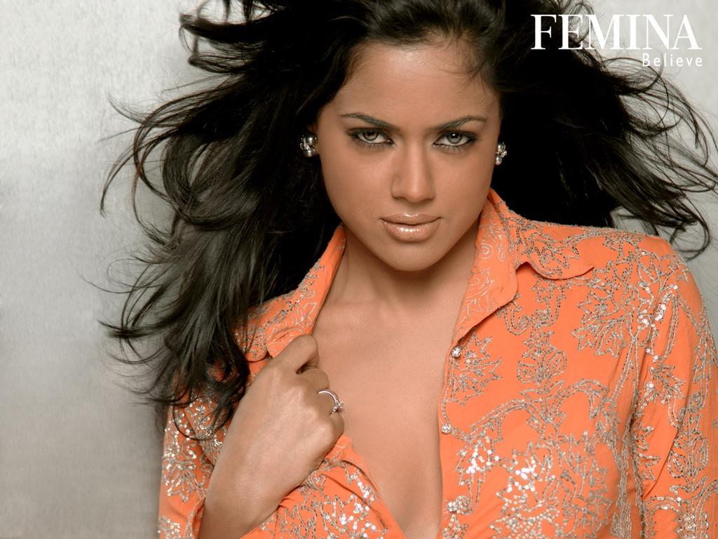 http://1.bp.blogspot.com/_xSFuQ5Ha4GI/TEVDa7RCTXI/AAAAAAAABl8/trvIkydyMYk/s1600/femina_believe_15.jpg