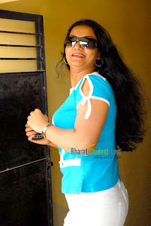 HOT ACTRESS   APOORVA PICTURES