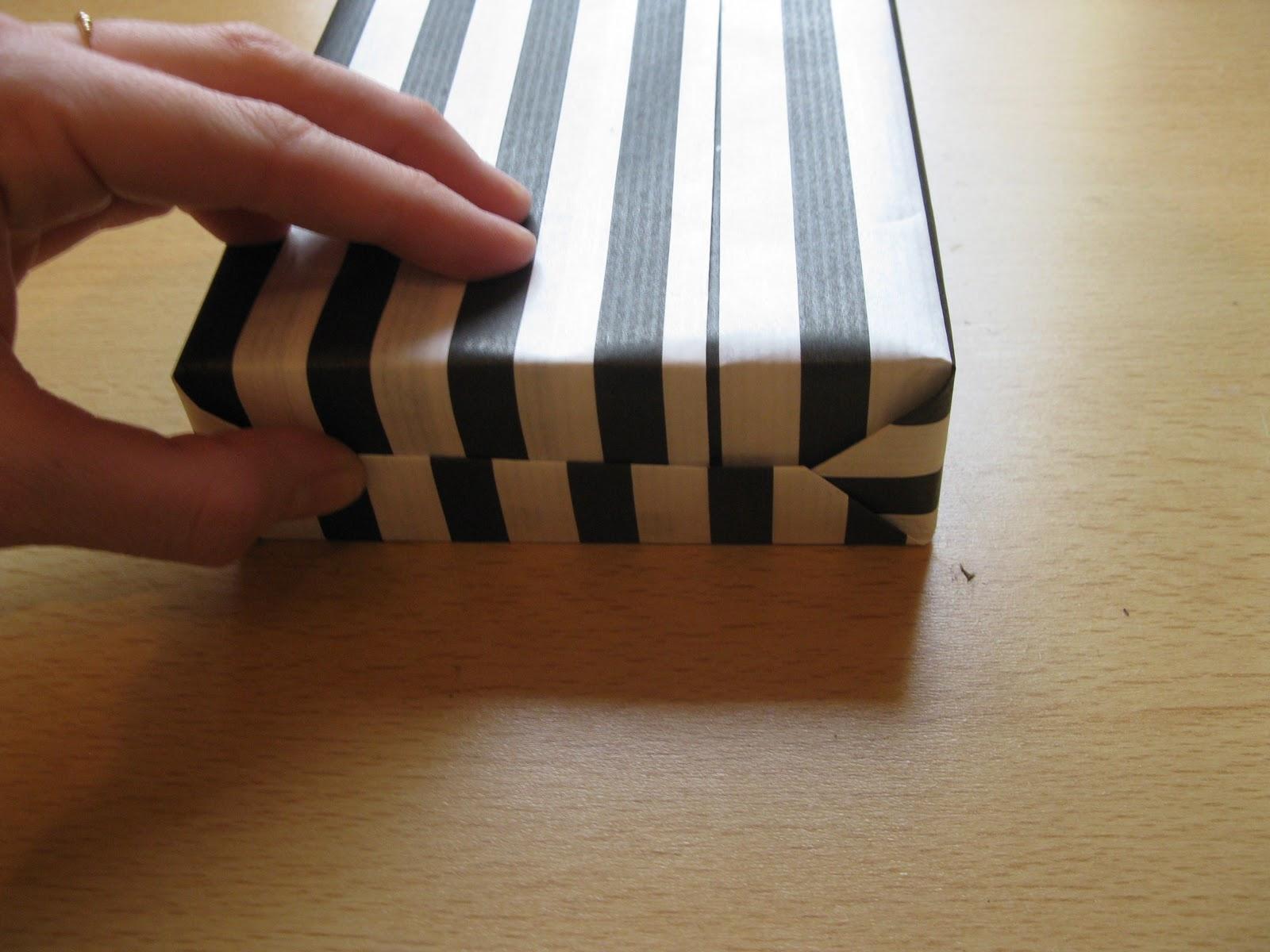jitka geschenke richtig einpacken. Black Bedroom Furniture Sets. Home Design Ideas
