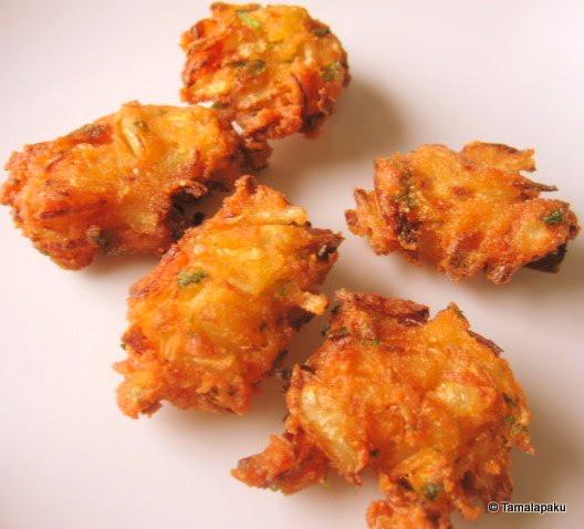 Cornflour Onion Pakodi