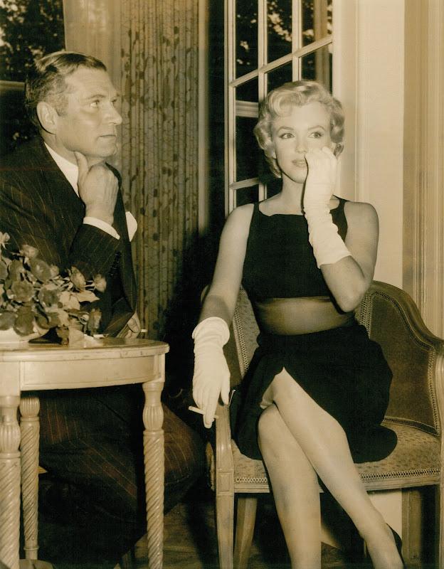 Marilyn Munroe & Laurence Olivier 1956 title=
