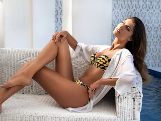 Juliana Martins Bikini Pics