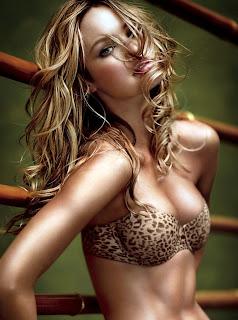 Sexy Candice Swanepoel in a bikini