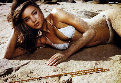 Miranda Kerr looking incredible in a bikini