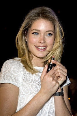 Doutzen Kroes is super cute