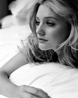 Romola Garai is kinda hot