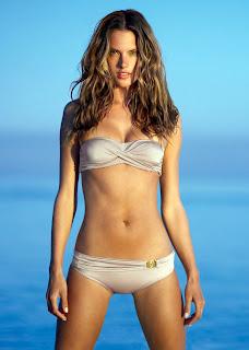Alessandra Ambrosio still looks incredible in a bikini