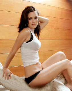 Rachel Bilson is extremely cute and sexy