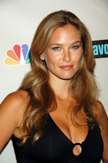 Bar Refaeli always looks ridiculously hot