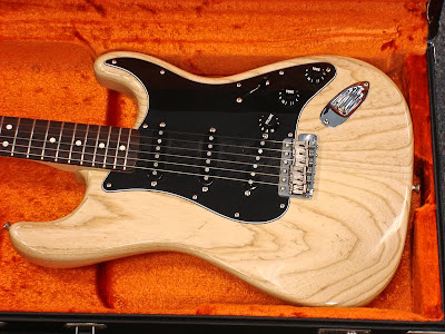 Fender 70's RI Ash Stratocaster