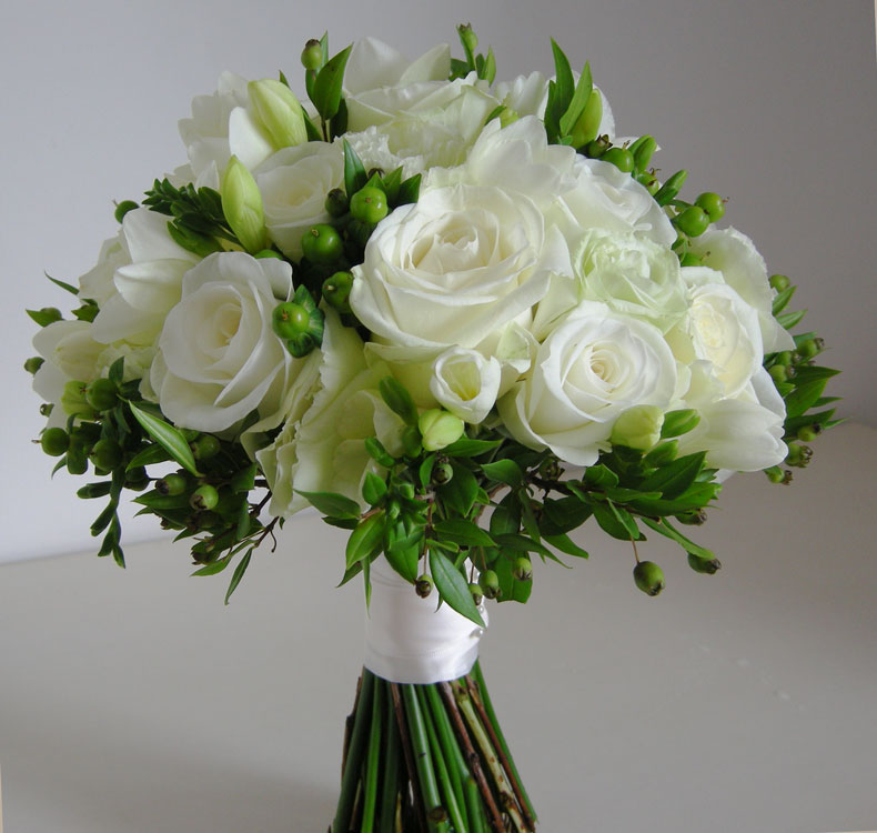 Wedding flowers blog september 2010 wendys wedding flowers autumn green and white mightylinksfo