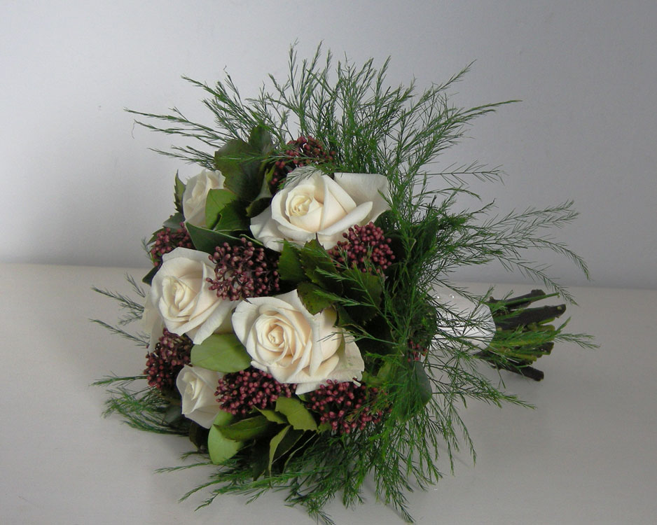 Christmas Wedding Bouquets Ideas : Wedding flowers amanda s christmas