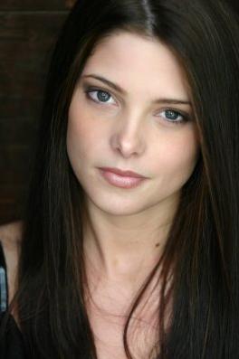 Andrea Crawford Ashley-greene3