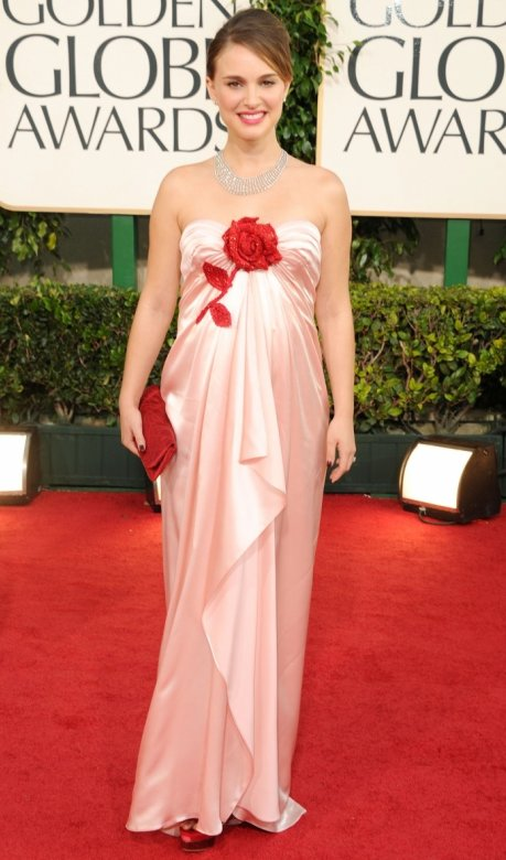 Emma stone, Golden Globes 2011 red carpet The Easy A star made a .
