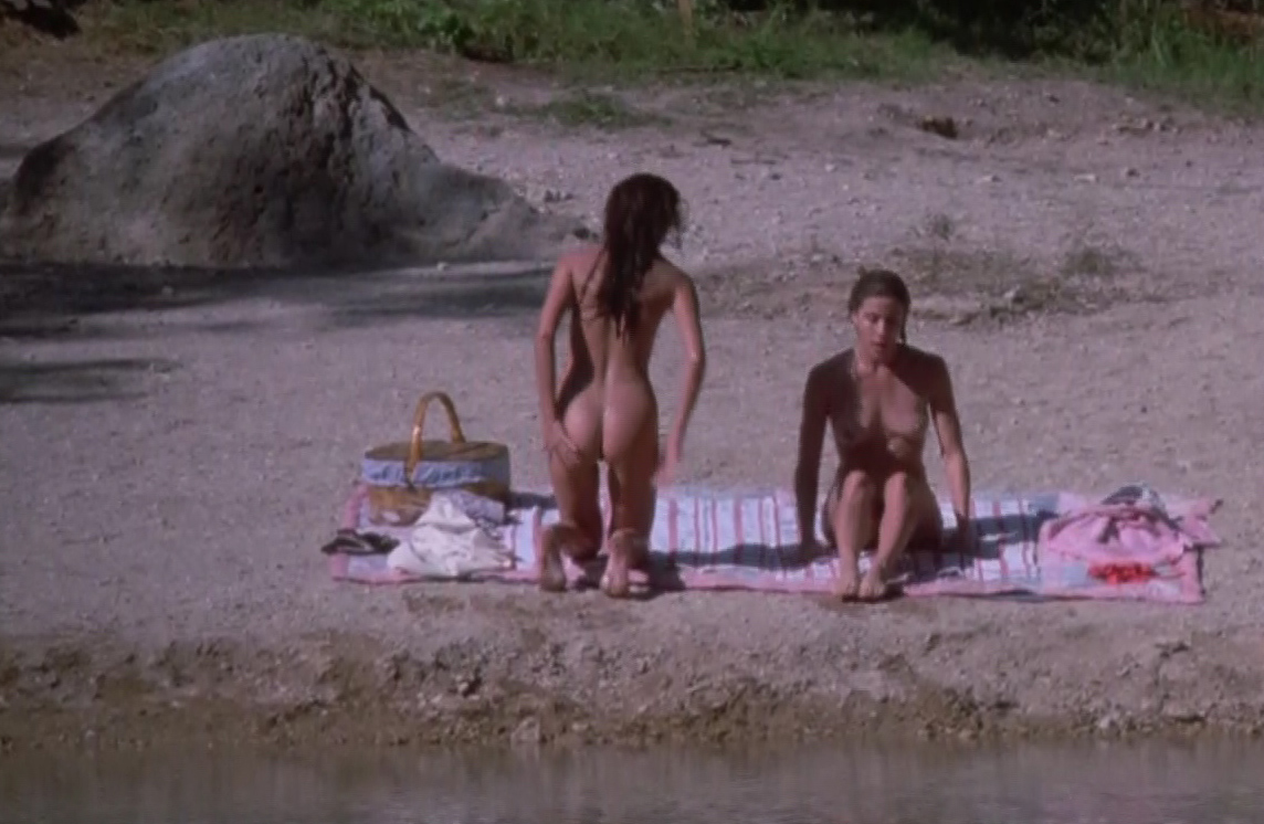 Download link (Jennifer Connelly's nude scenes from The Hot Spot).