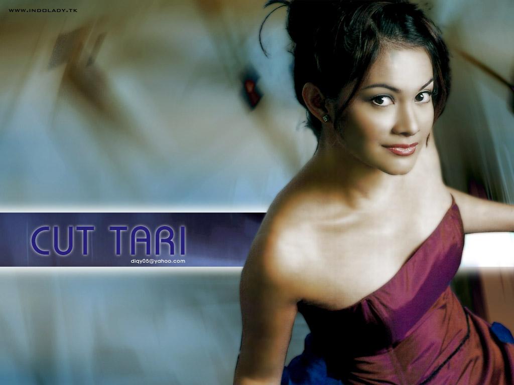 Cut Tari - Photo Set