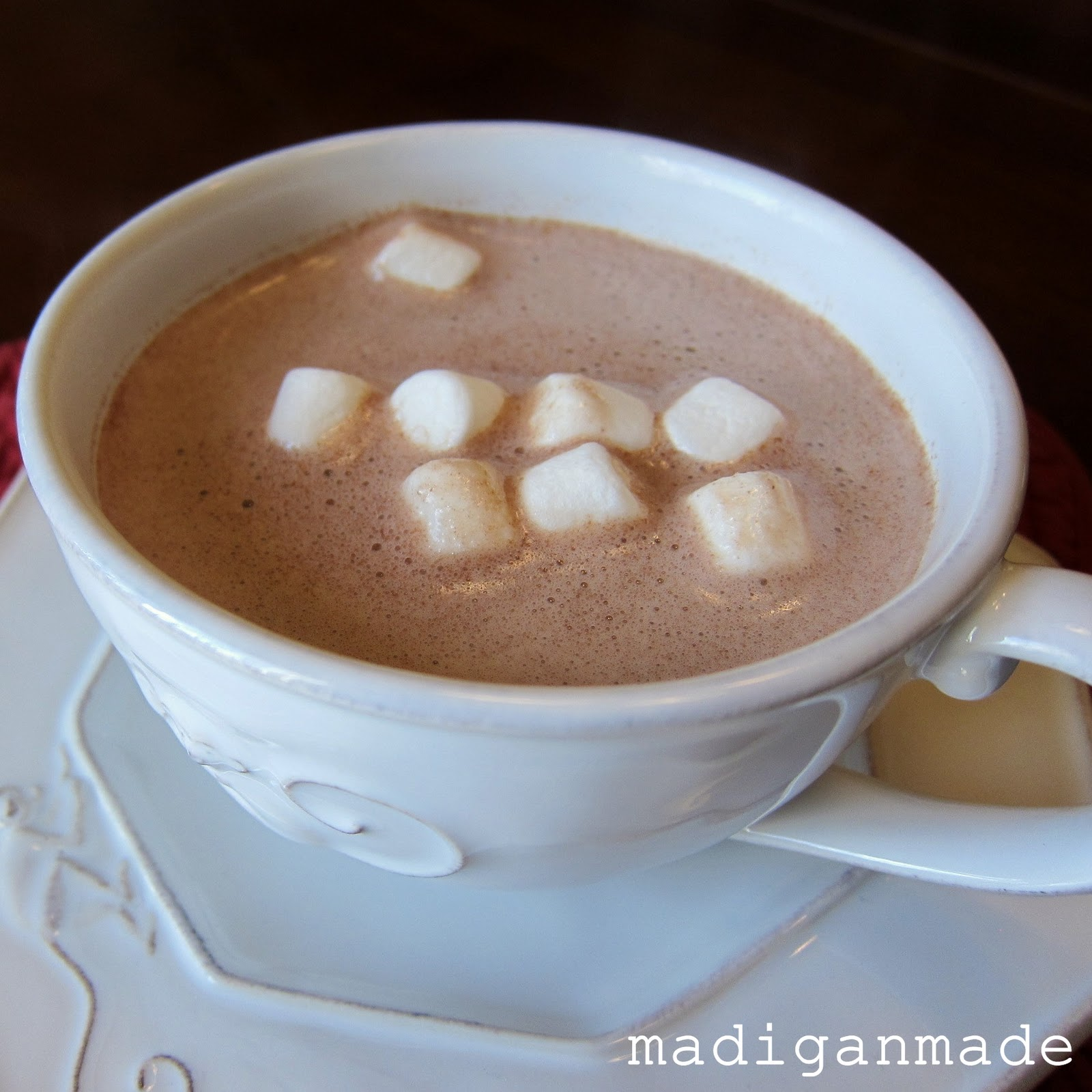 Fluffy marshmallow hot cocoa ~ Madigan Made