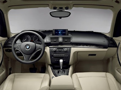 BMW 120i Sport seats