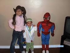 Trin, Vincent, Doreon on Halloween 08