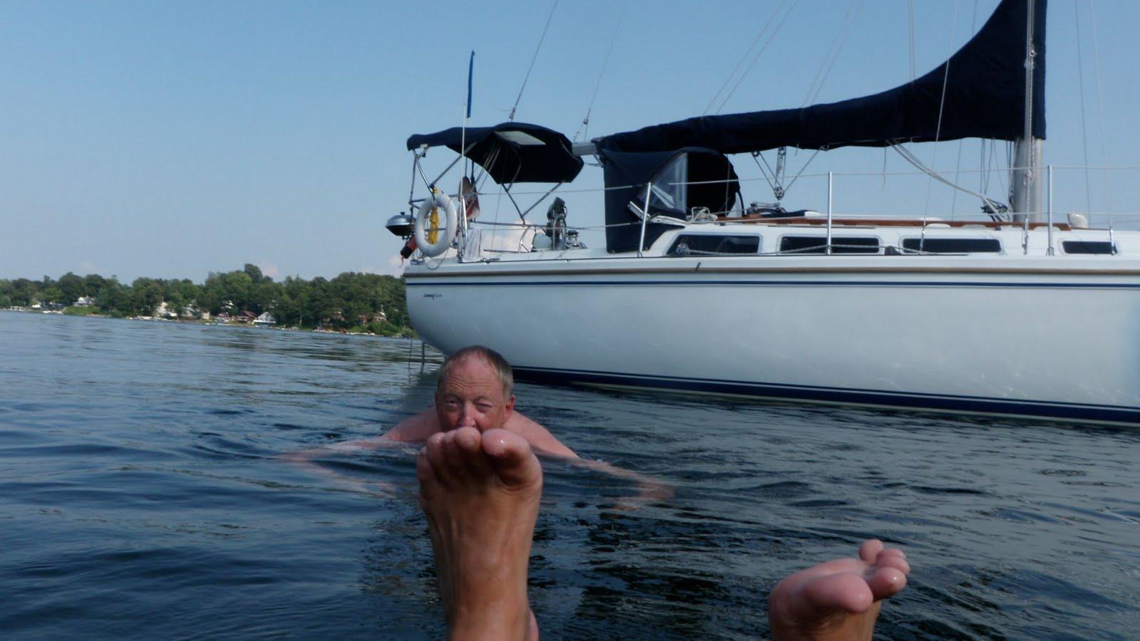http://1.bp.blogspot.com/_xfNBjfS0IAI/TFyjJ_G3iwI/AAAAAAAABO0/FXd76jN02DE/s1600/swimming%2Bin%2BLittle%2BSodu.jpg