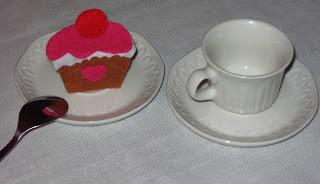 Broche de fieltro pastel