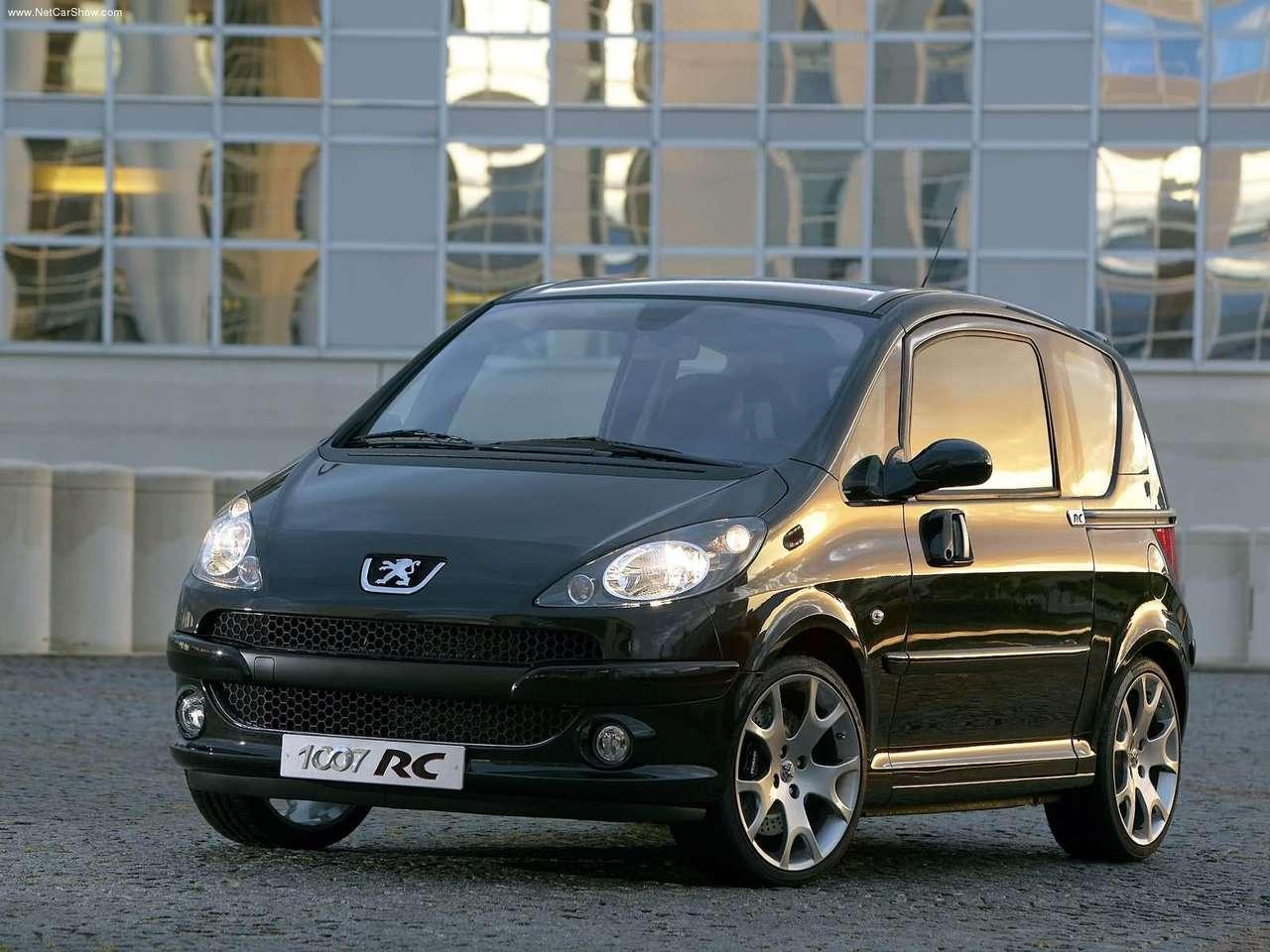 La peugeot 1007 est un mini produit par le constructeur - Peugeot 1007 probleme porte coulissante ...