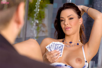 Sophia Santi - Strip Poker