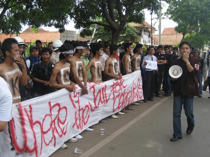 penjara bukan untuk mahasiswa!