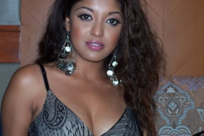 Tanushree Dutta Wallpapers Gallery
