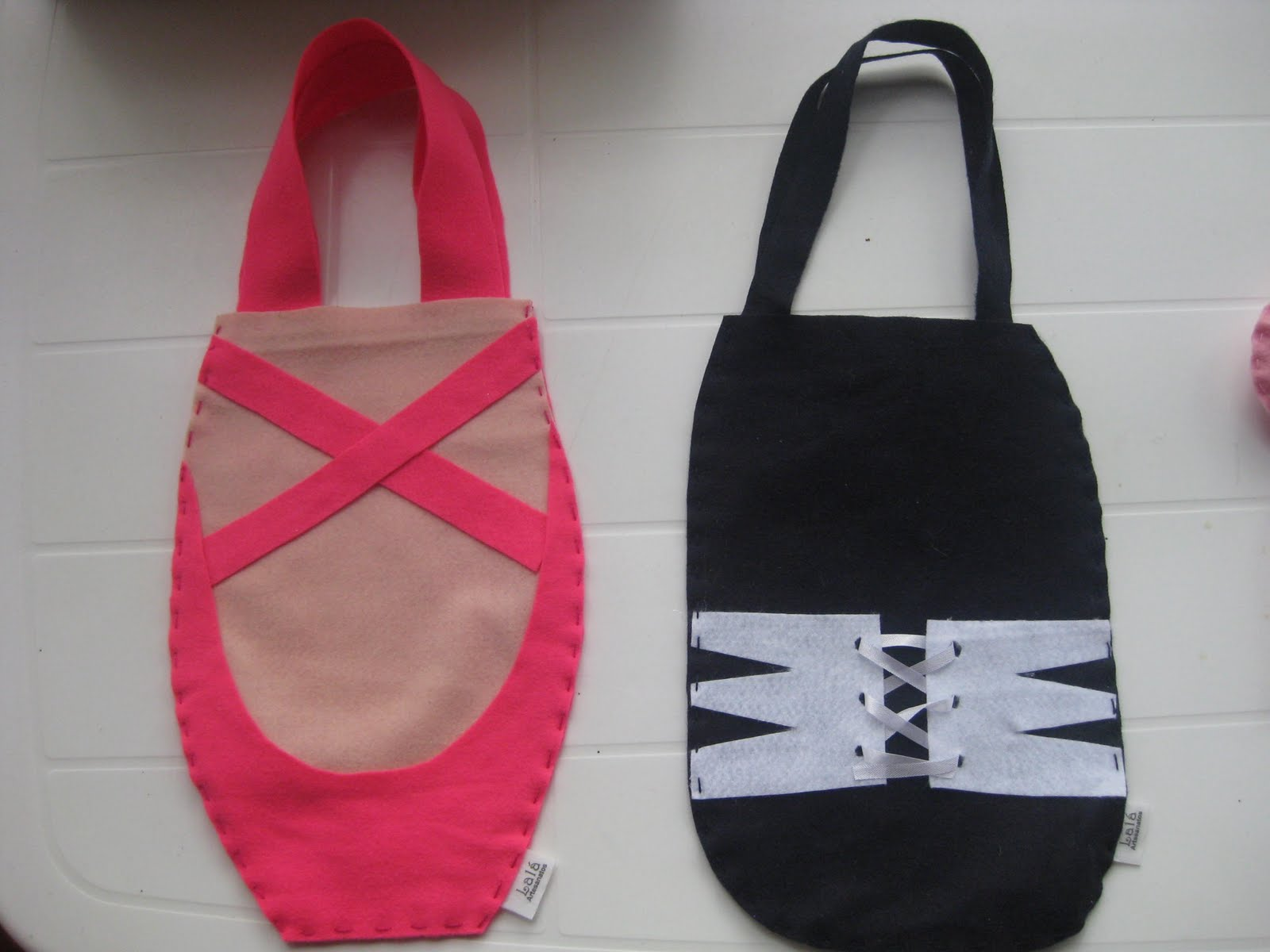 092f540ab6305 sacola de sapatilha para as meninas  sacola de chuteira para os meninos