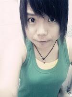 我的Caiwei 比,我爱你哈 XD